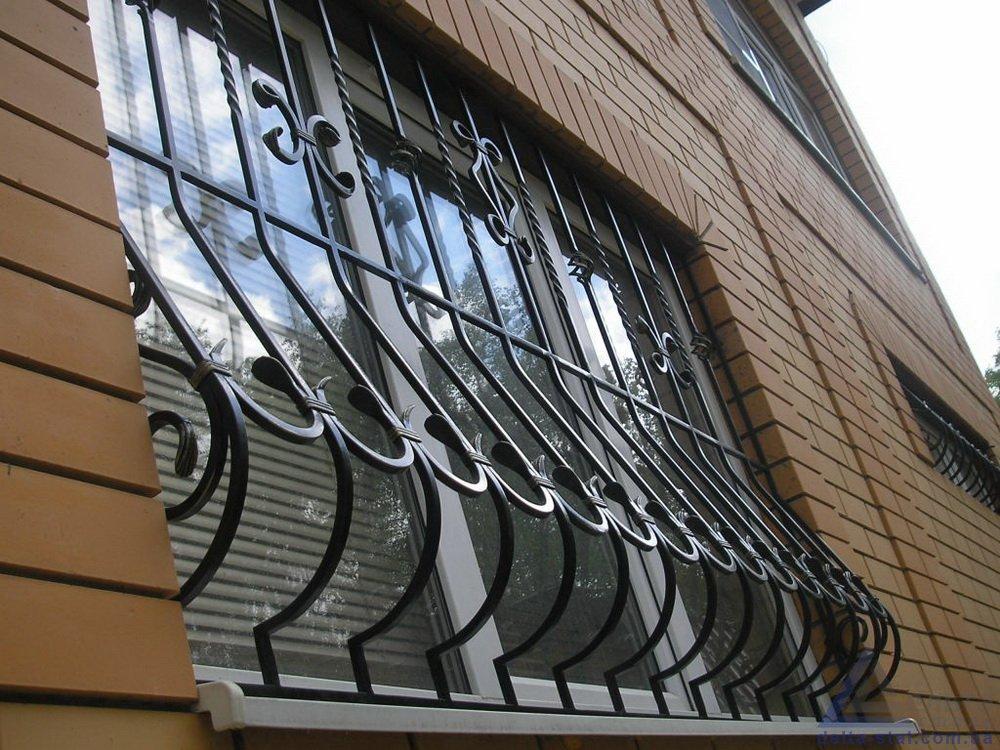 Защитные решетки на окна из поликарбоната